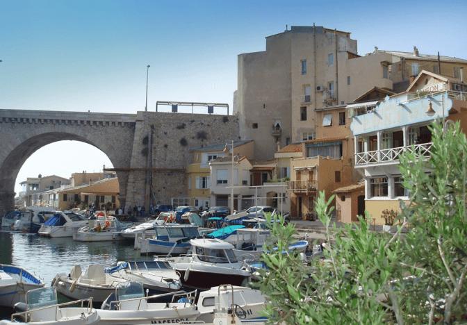 Un joli petit port à Marseille